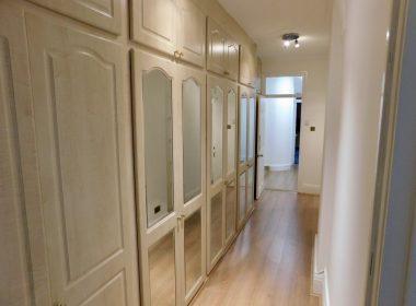 109-clive-court-corridor