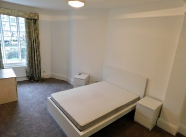109-clive-court-double-room-third-right-3