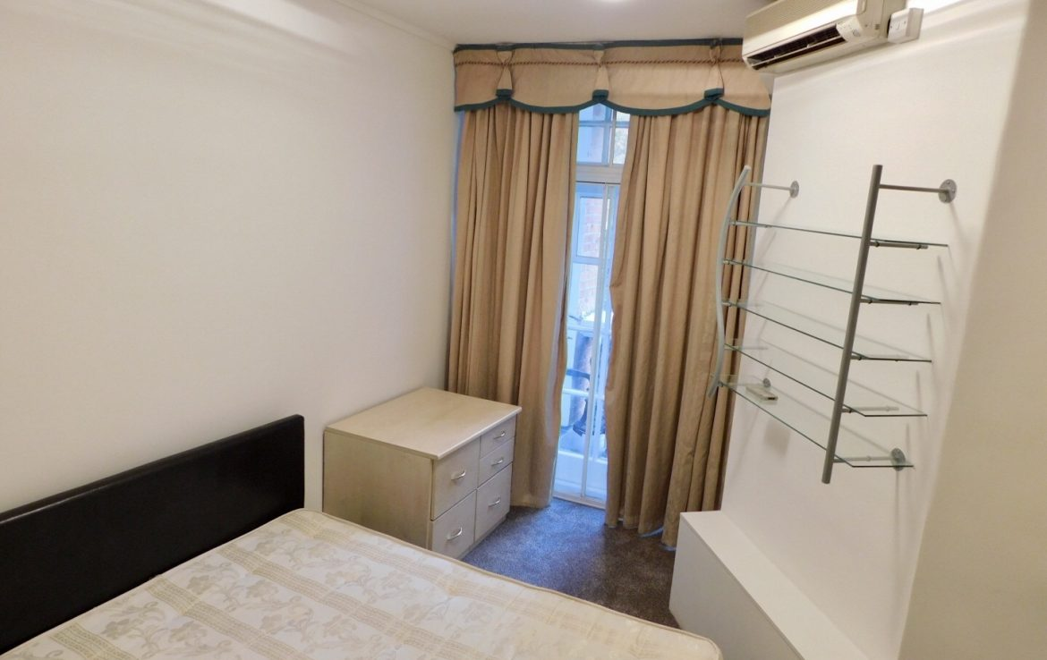 109-clive-court-ensuite-double-room-first-right-1