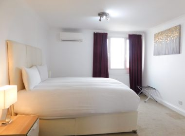 Ensuite Double Room Middle 2