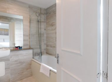 Ensuite Double Room Right 2